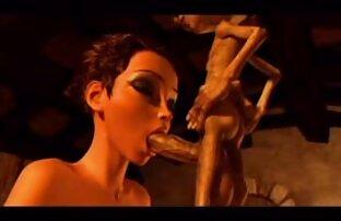 این دختر در پاکسازی در پارک شهر حک شده و ادرار کیرکوس خارجی شده است