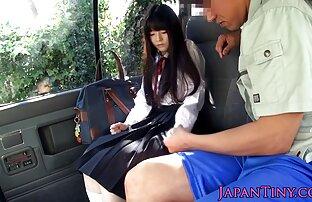 مردی با قلیان دوست دختر كون و كير سرخ وفلیت می کند