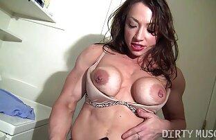 زنانی که از دوربین مخفی دوش می سکسکیر تو کس گیرند